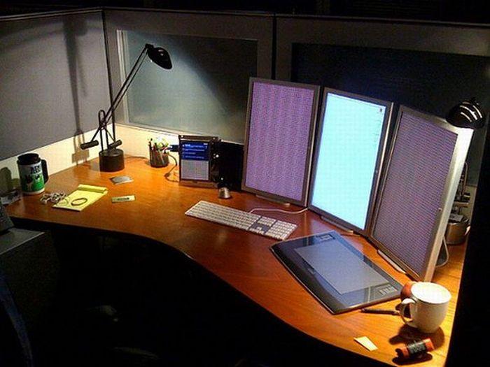 стол рабочее место
